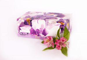 دستمال کاغذی 100 برگ سه لایه زنبق